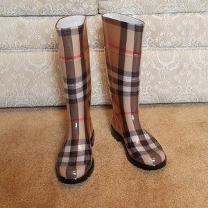 New Burberry rain boots